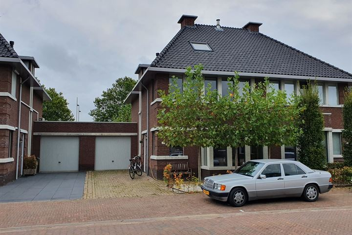 Lindehof 33
