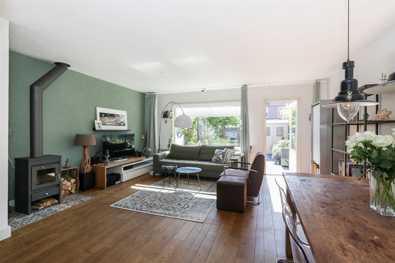 Bekijk foto 2 van Prins Hendrikstraat 60