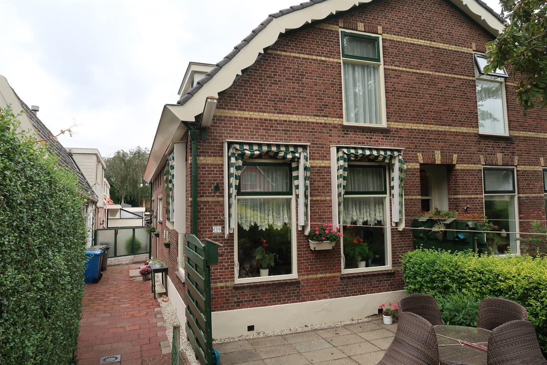 Bekijk foto 2 van Doctor van Noortstraat 139