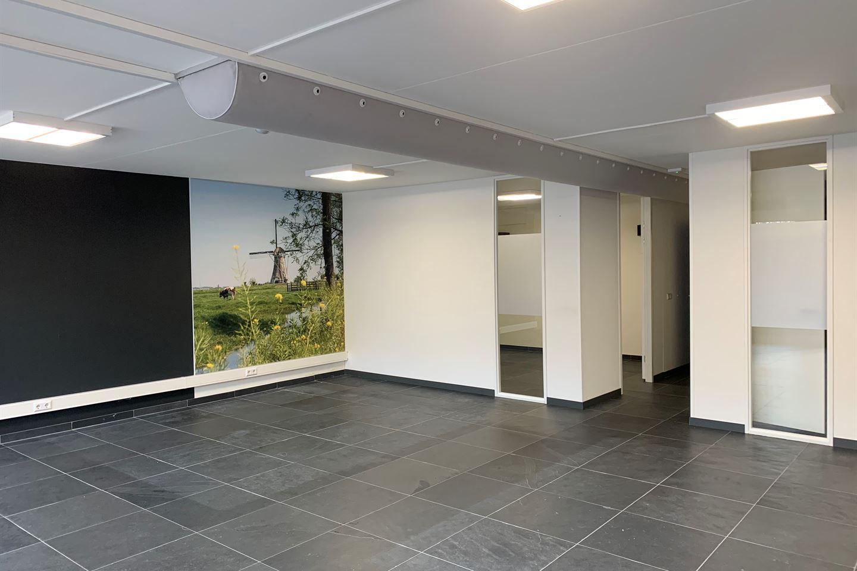 View photo 3 of Hoofdstraat 76