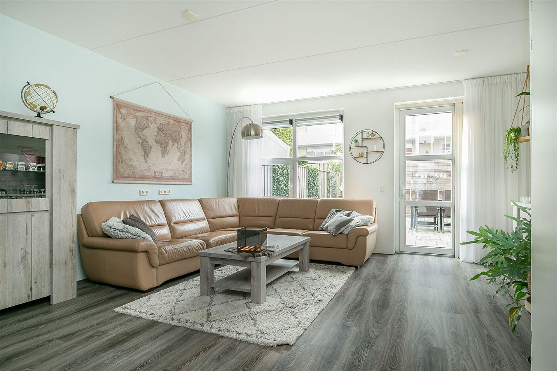 Bekijk foto 2 van Wilhelminastraat 156