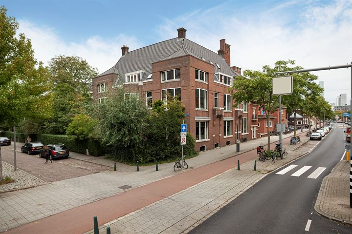 G.W. Burgerplein 20
