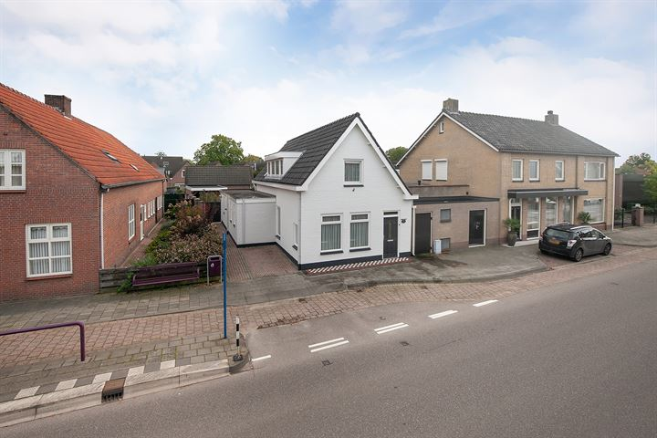 Adelstraat 30