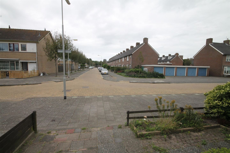 Bekijk foto 2 van Drechtstraat 1