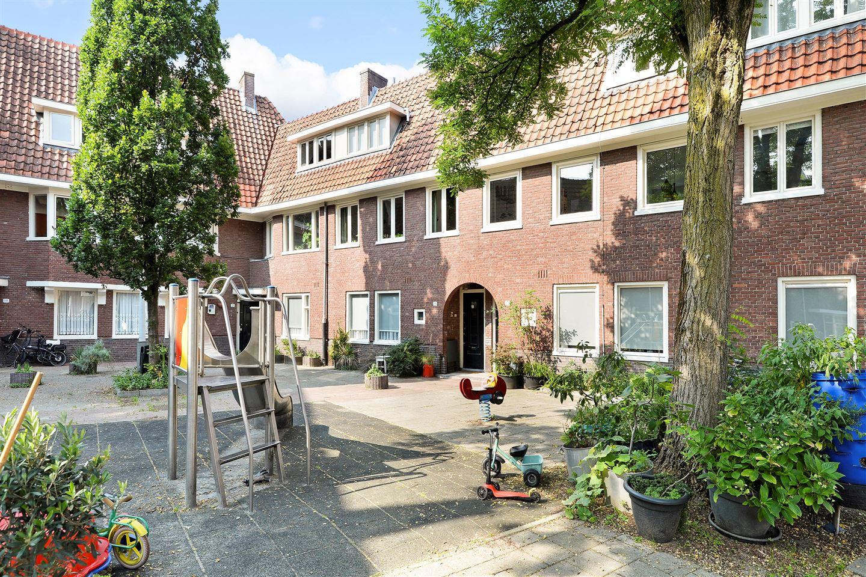 Bekijk foto 1 van Latherusstraat 27