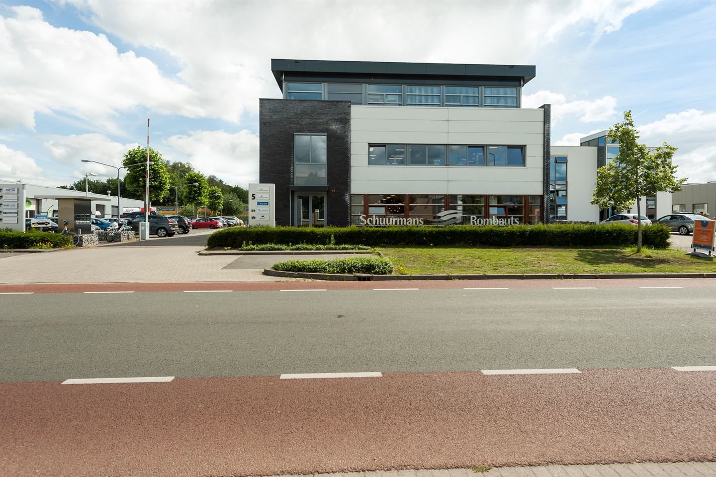 Bekijk foto 2 van Industrieweg 5 A-B