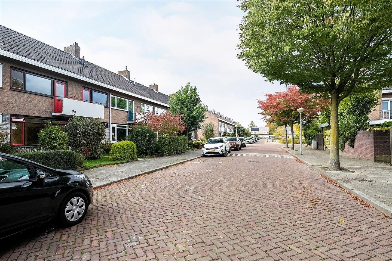 Bekijk foto 2 van Roosenburgstraat 9