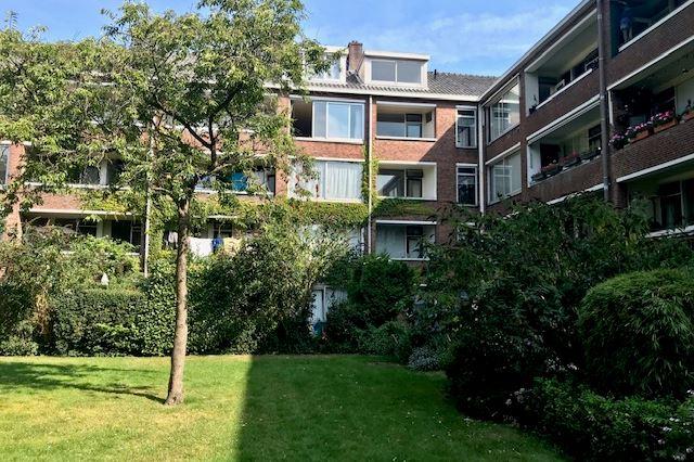Bekijk foto 2 van Zeelandstraat 48 III