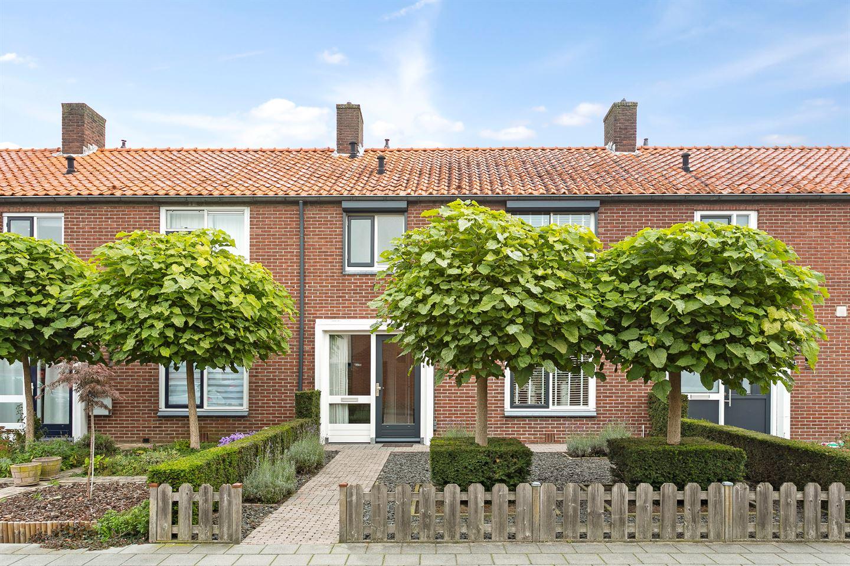 Bekijk foto 2 van Seringenstraat 31