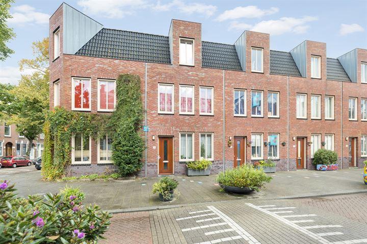 Albregt-Engelmanstraat 38