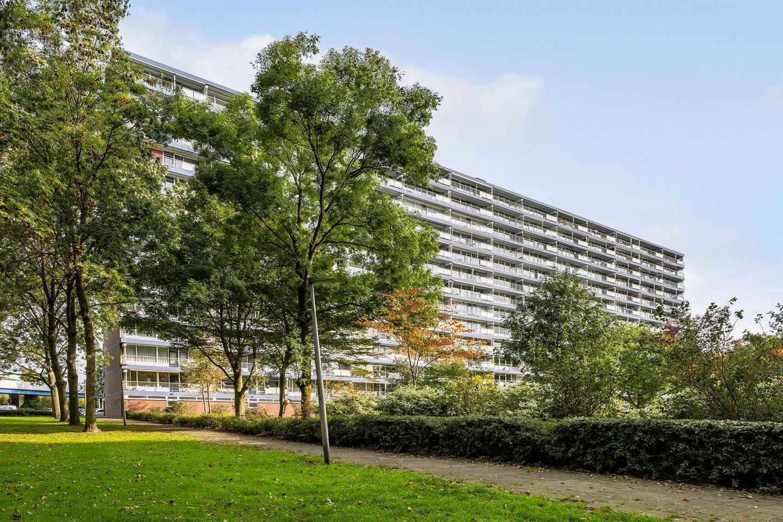 View photo 2 of Frederik van Eedenplaats 305