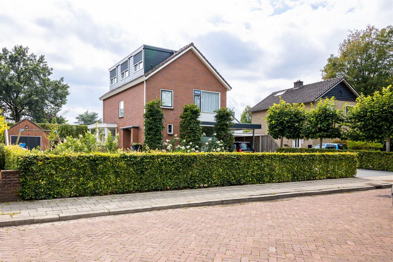 Bekijk foto 2 van Cornelis Kuyperweg 4