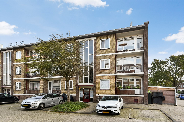Bekijk foto 2 van Vermeerstraat 20