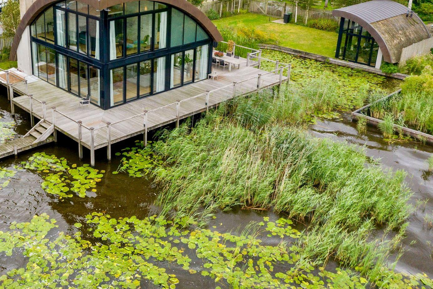 View photo 2 of Nieuw-Loosdrechtsedijk 272