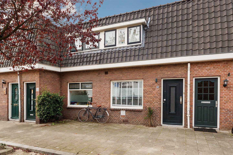 Bekijk foto 1 van Bloesemstraat 19