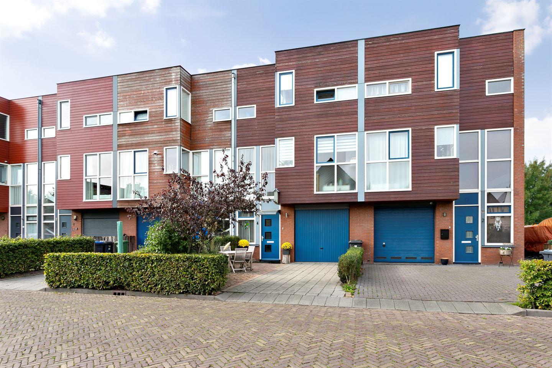 Bekijk foto 1 van Van Brunswijkstraat 4