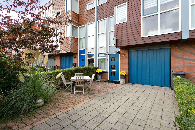 Bekijk foto 2 van Van Brunswijkstraat 4