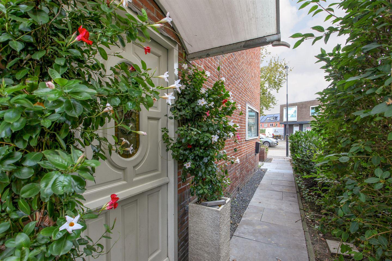 Bekijk foto 4 van Florastraat 4