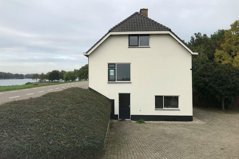 View photo 5 of Waaldijk 43