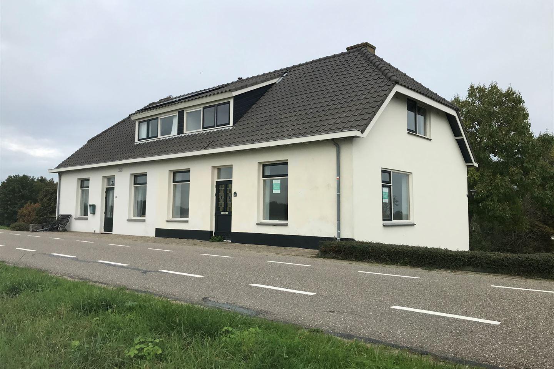 View photo 2 of Waaldijk 43