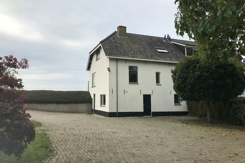 View photo 4 of Waaldijk 43