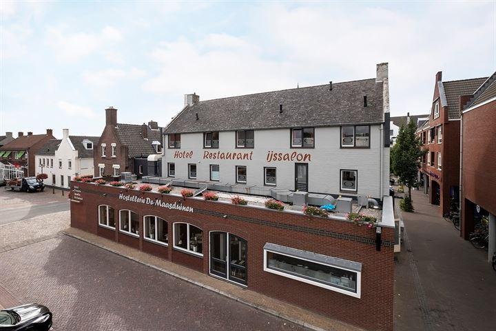 Markt 15, Velden