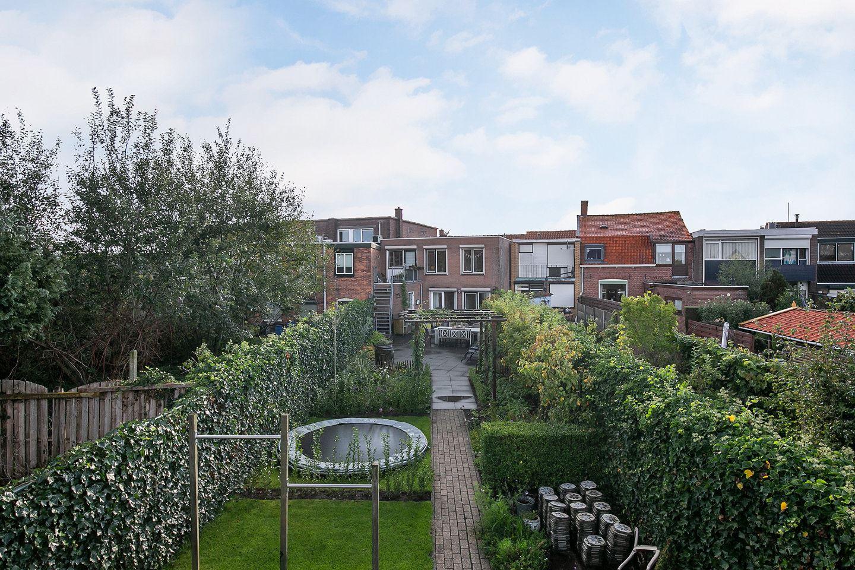 View photo 2 of Voorstraat 39