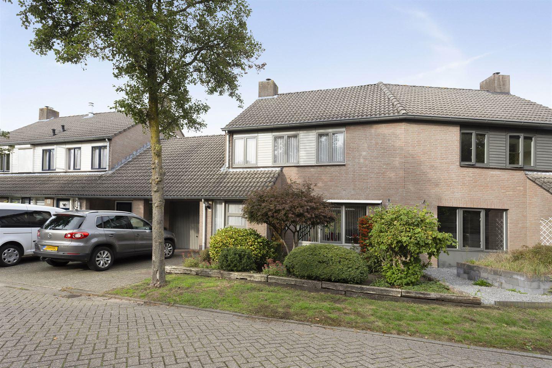 Bekijk foto 1 van Weserlaan 54