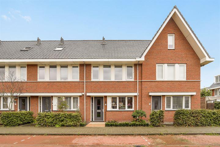Albert van Damstraat 4