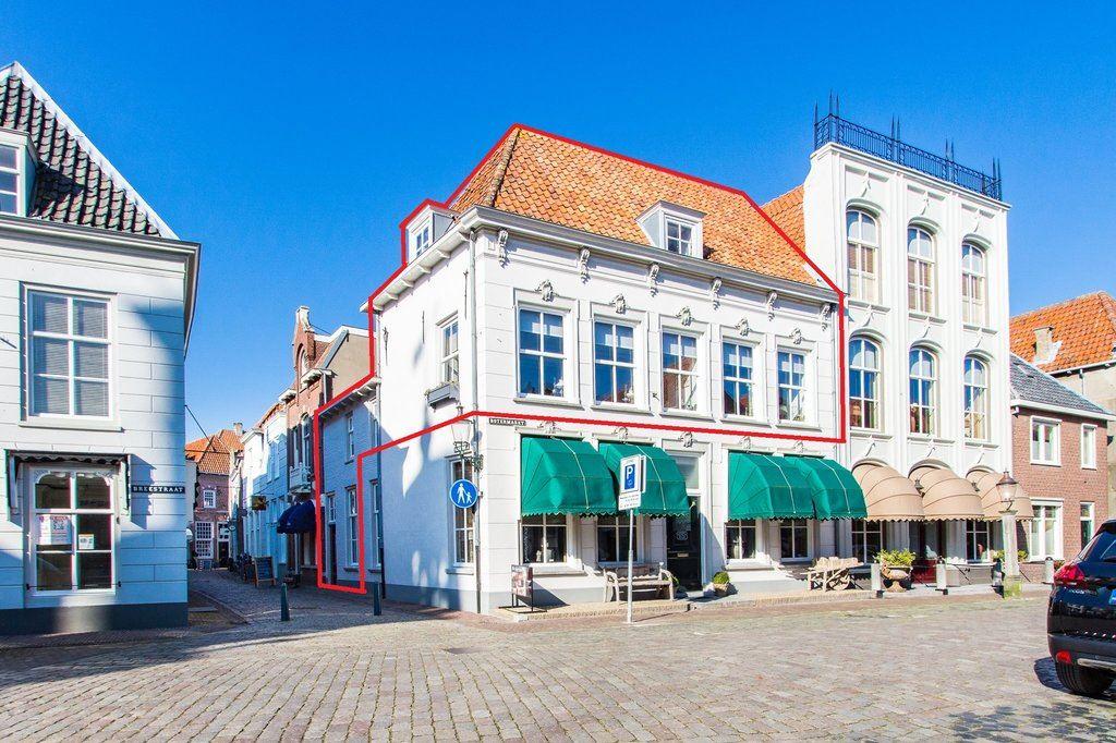 Bekijk foto 2 van Engstraat 15