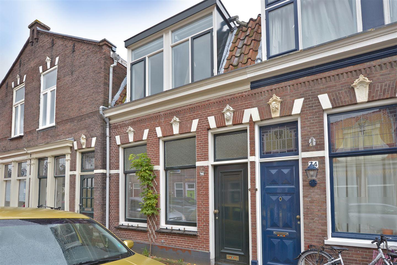 Bekijk foto 1 van Brouwersstraat 72