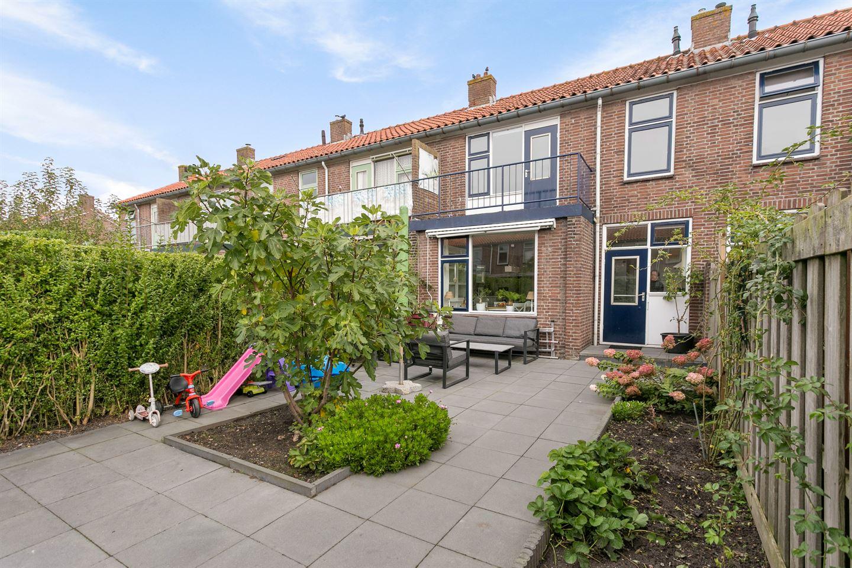Bekijk foto 2 van van Ruysdaelstraat 68