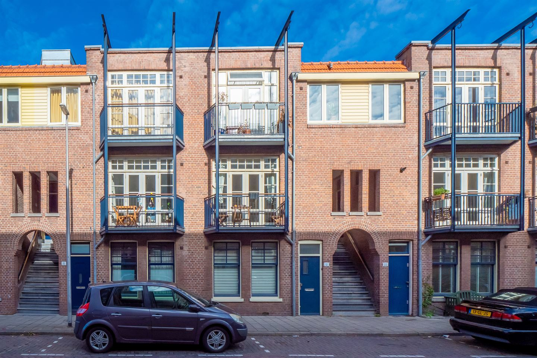 View photo 1 of Busken Huetstraat 14