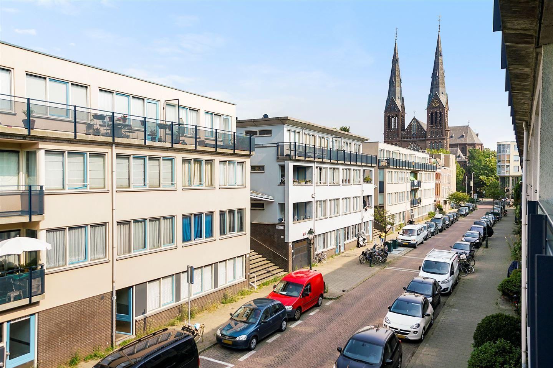 Bekijk foto 4 van Van Diemenstraat 64