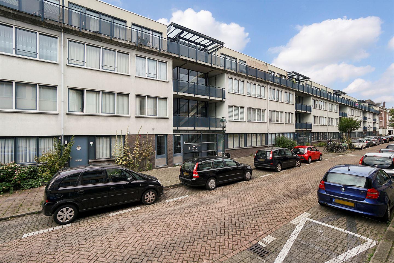 Bekijk foto 5 van Van Diemenstraat 64
