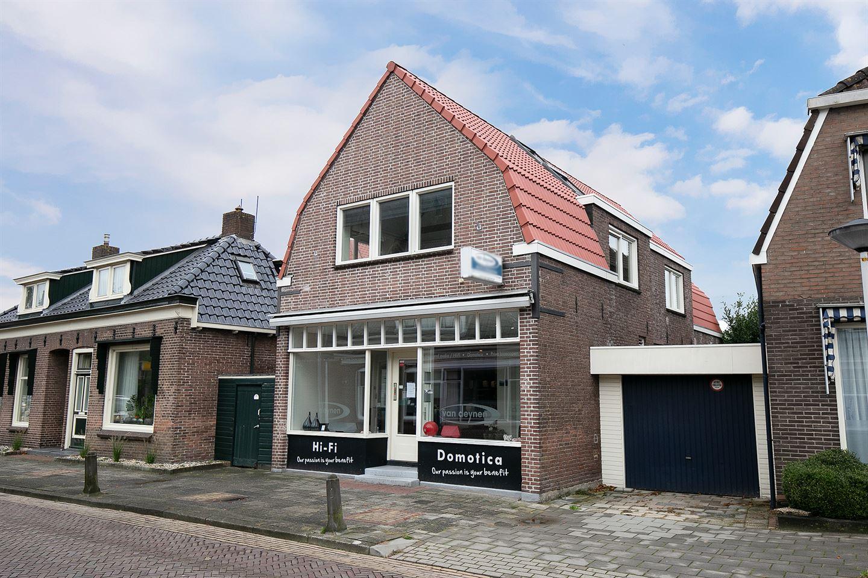 View photo 2 of Kerkstraat 33