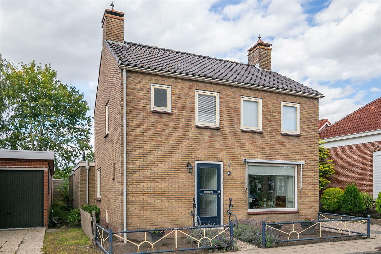 View photo 2 of Hoofdweg 158