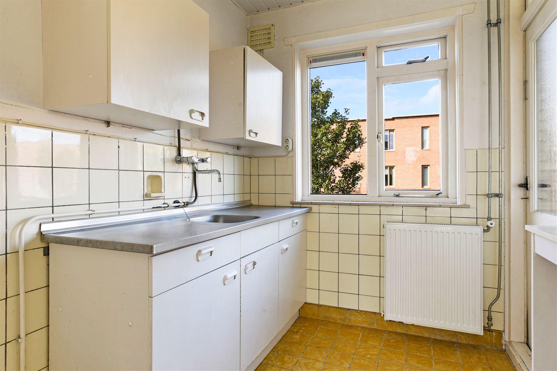 Bekijk foto 4 van De Ruyterstraat 93