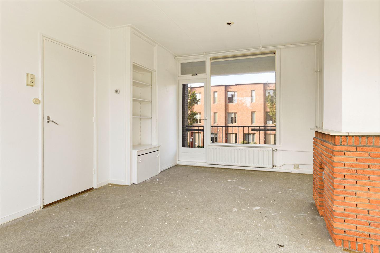 Bekijk foto 3 van De Ruyterstraat 93