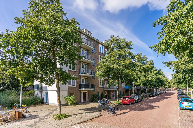 Bekijk foto 1 van Jacques Veltmanstraat 30 II