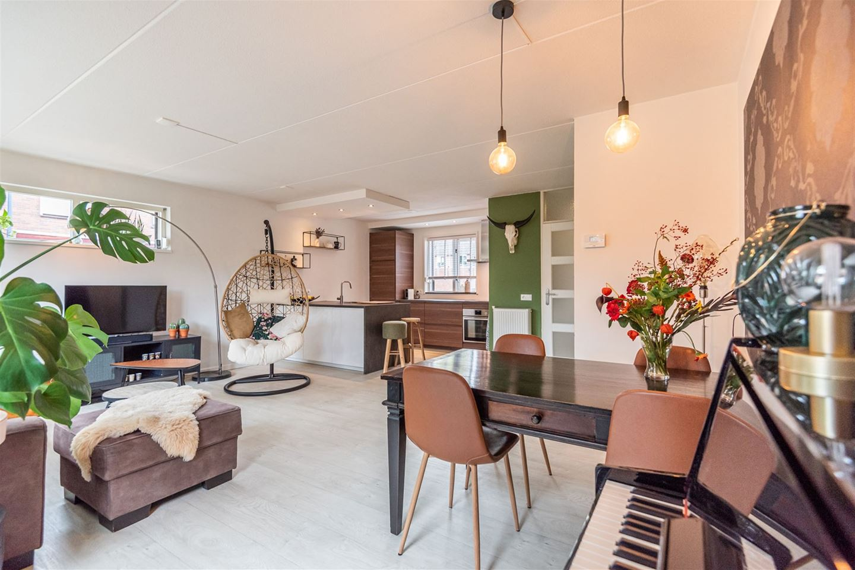 Bekijk foto 3 van Houtduivenhof 35