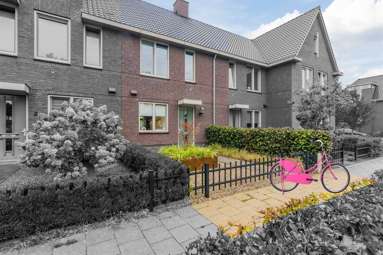 Bekijk foto 1 van Den Uylstraat 23