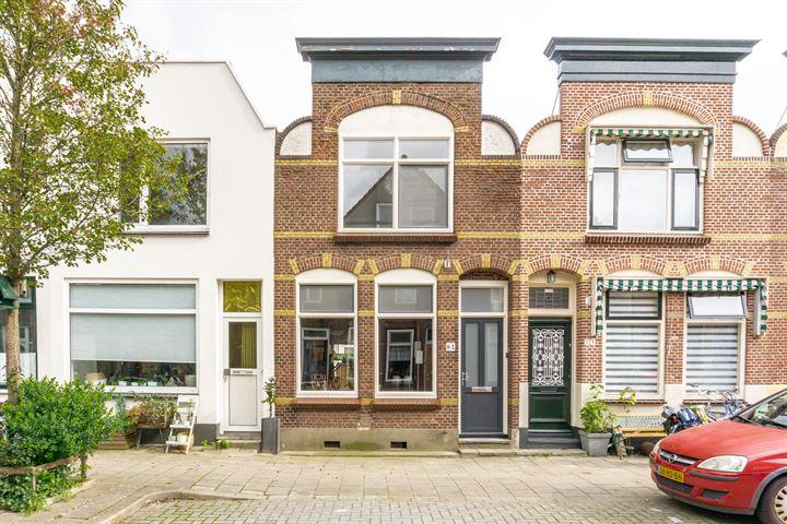 P.C. Bothstraat 82