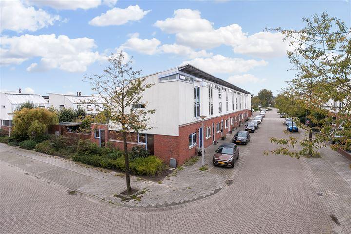 Annette Versluysstraat 38