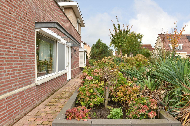 Bekijk foto 5 van Van Overveststraat 2