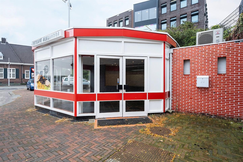 Bekijk foto 4 van Stationsplein 77