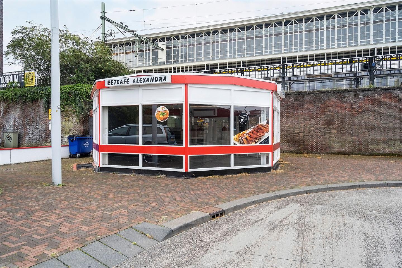 Bekijk foto 2 van Stationsplein 77