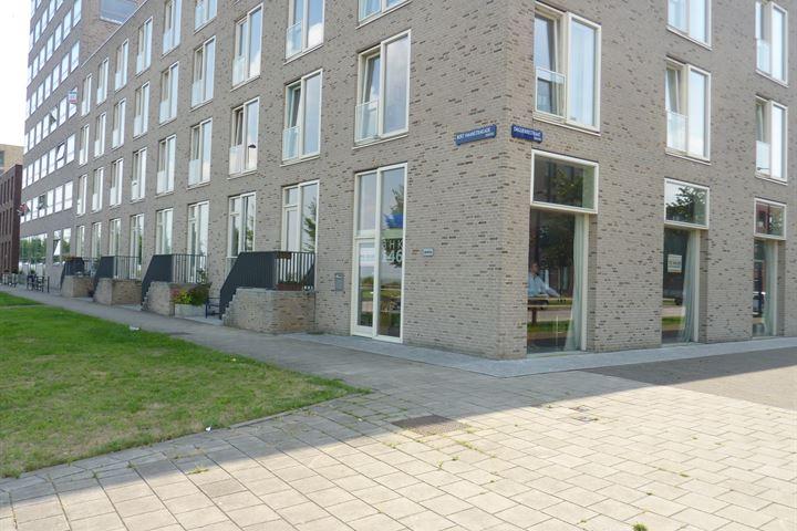 Bert Haanstrakade 146