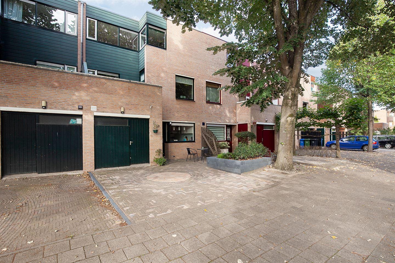 Bekijk foto 1 van Nystadstraat 69