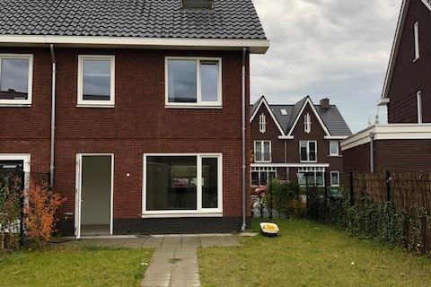 View photo 2 of Zonnelaan 29